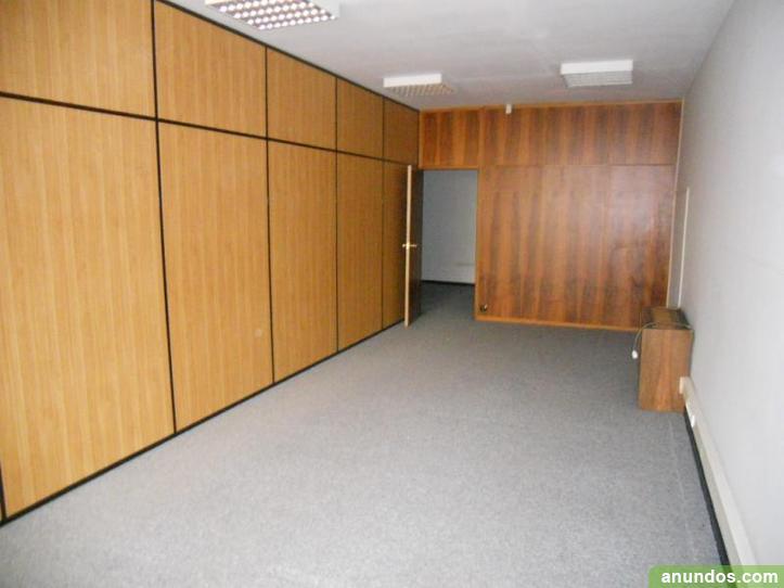 Con garaje oficina en moyua bilbao for Oficinas metro bilbao