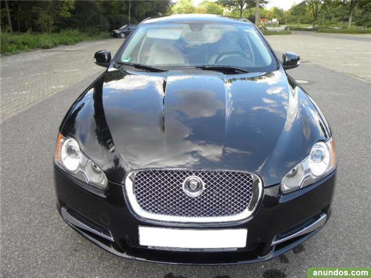 Jaguar XF 2.7 V6 Luxury