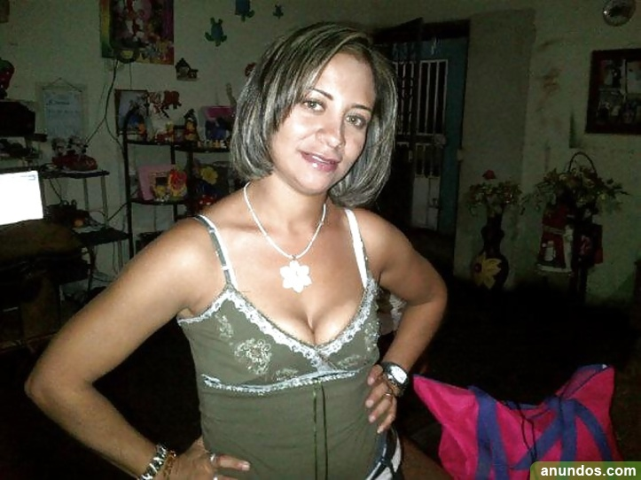 mujer busca chico joven madrid