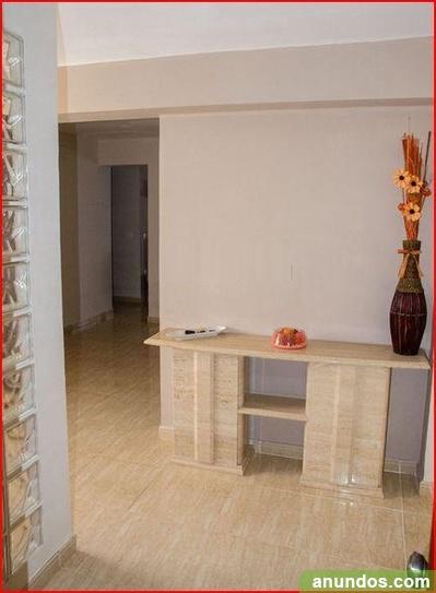 Se vende piso reformado en manises