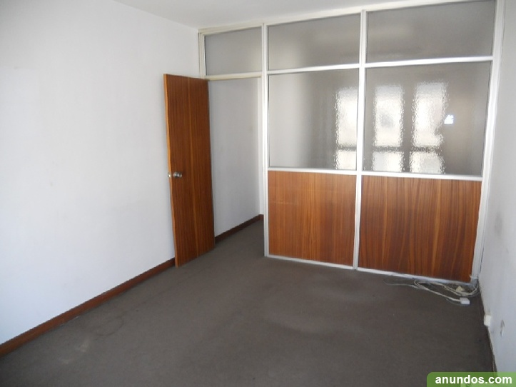 Oficina en bertendona bilbao for Oficinas caixa bilbao