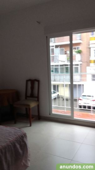 Habitación individual amplia con terraza junto Metro Ascao