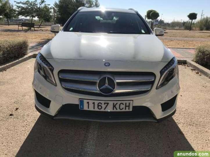 Mercedes-Benz GLA 220 d AMG Line 7G-DCT
